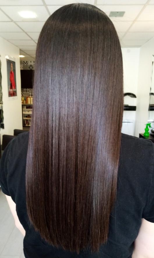 Lissage brésilien sur cheveux bouclés