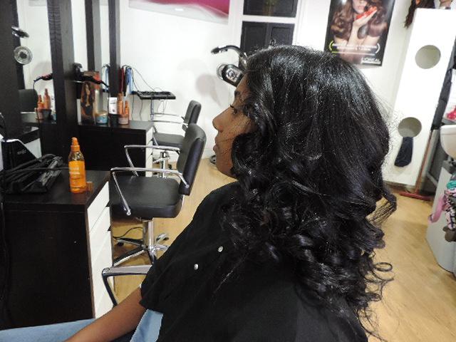 brushing sur cheveux crépus